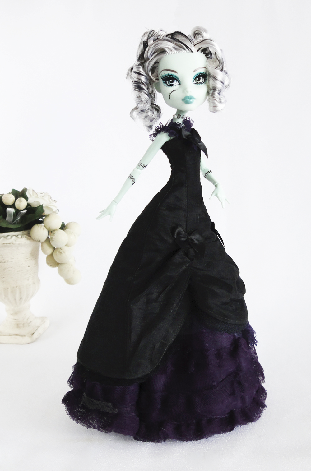 jonzondolls monster high outfit long black and purple