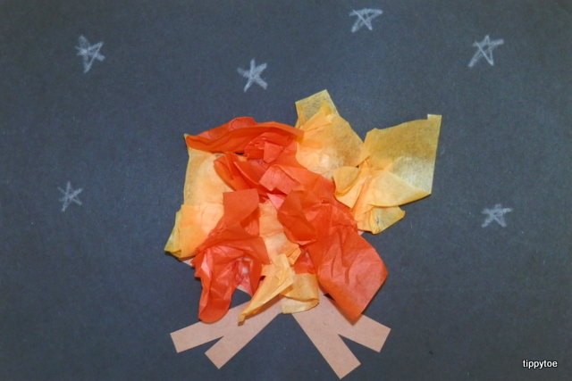 how to make fake fire out of tissue paper