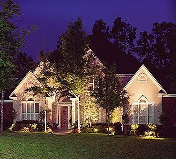 House beautiful outdoor accent lighting for Outdoor accent lighting