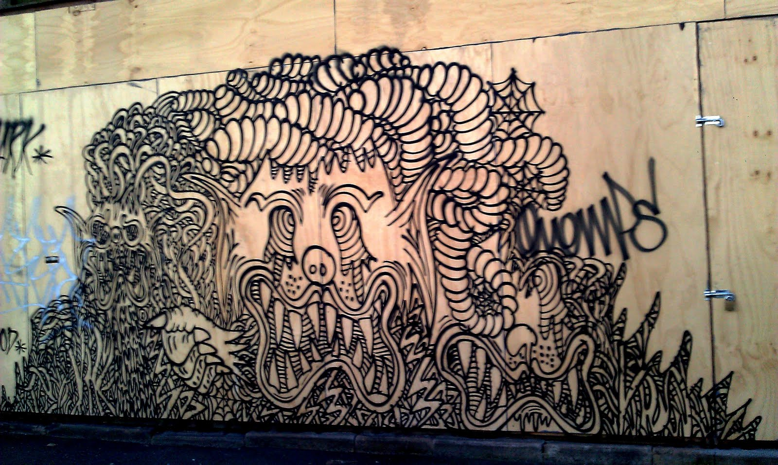 Slug graffiti