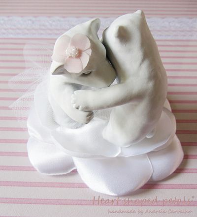 Wedding cake topper polar bears