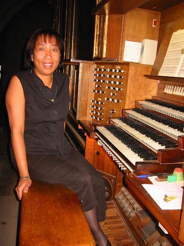 Irène Randrianjanaka, responsable de la formation des organistes du CDMS 34
