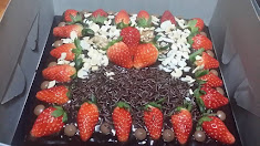 BROWNIES COKLAT @ HIASAN STRAWBERRY