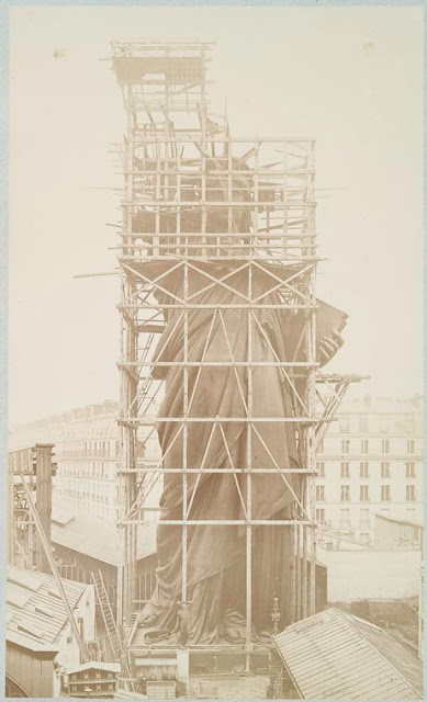 [Assemblage of the Statue of Liberty in Paris.] Fernique, Albert -- Photographer. 1883. Source: Album de la construction de la Statue de la Liberte. Repository: The New York Public Library. Photography Collection, Miriam and Ira D. Wallach Division of Art, Prints and Photographs