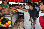 Telugu Hero Uday Kiran Condolences-thumbnail-9