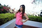 Prabhajeet Kaur Glamorous Photo shoot-thumbnail-16