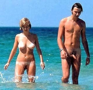 Hot Girl Naked - rs-16-789733.jpg