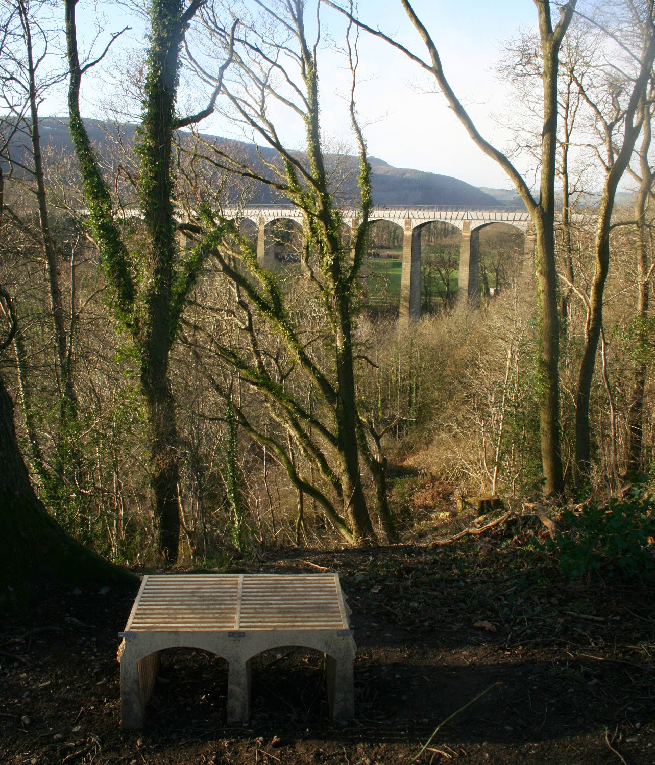 The viewpoint, with concrete step for short people