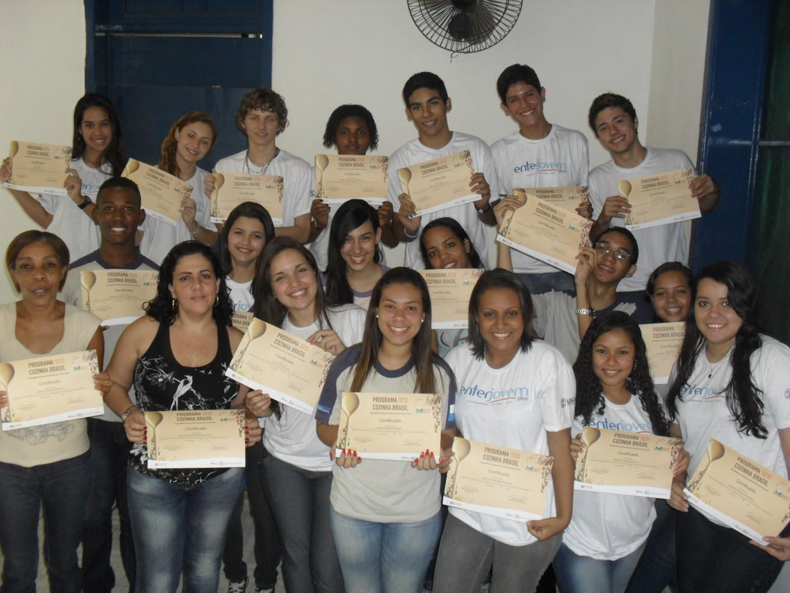 Formandos Cozinha Brasil turma tarde Colégio Estadual João  #674A36 1600 1200