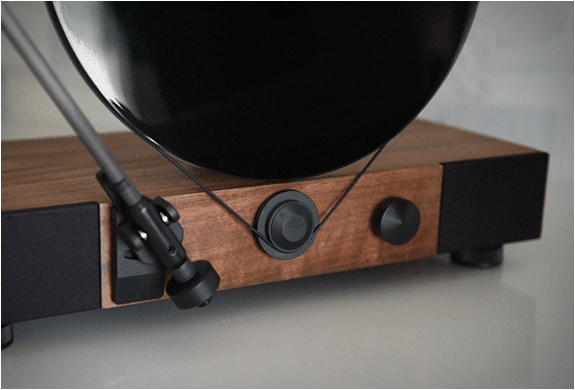 Gramovox launched a kickstarter with hopes of raising $50K but they were so  successful they raised $1.5 million. Amazing kickstarter skills!!!