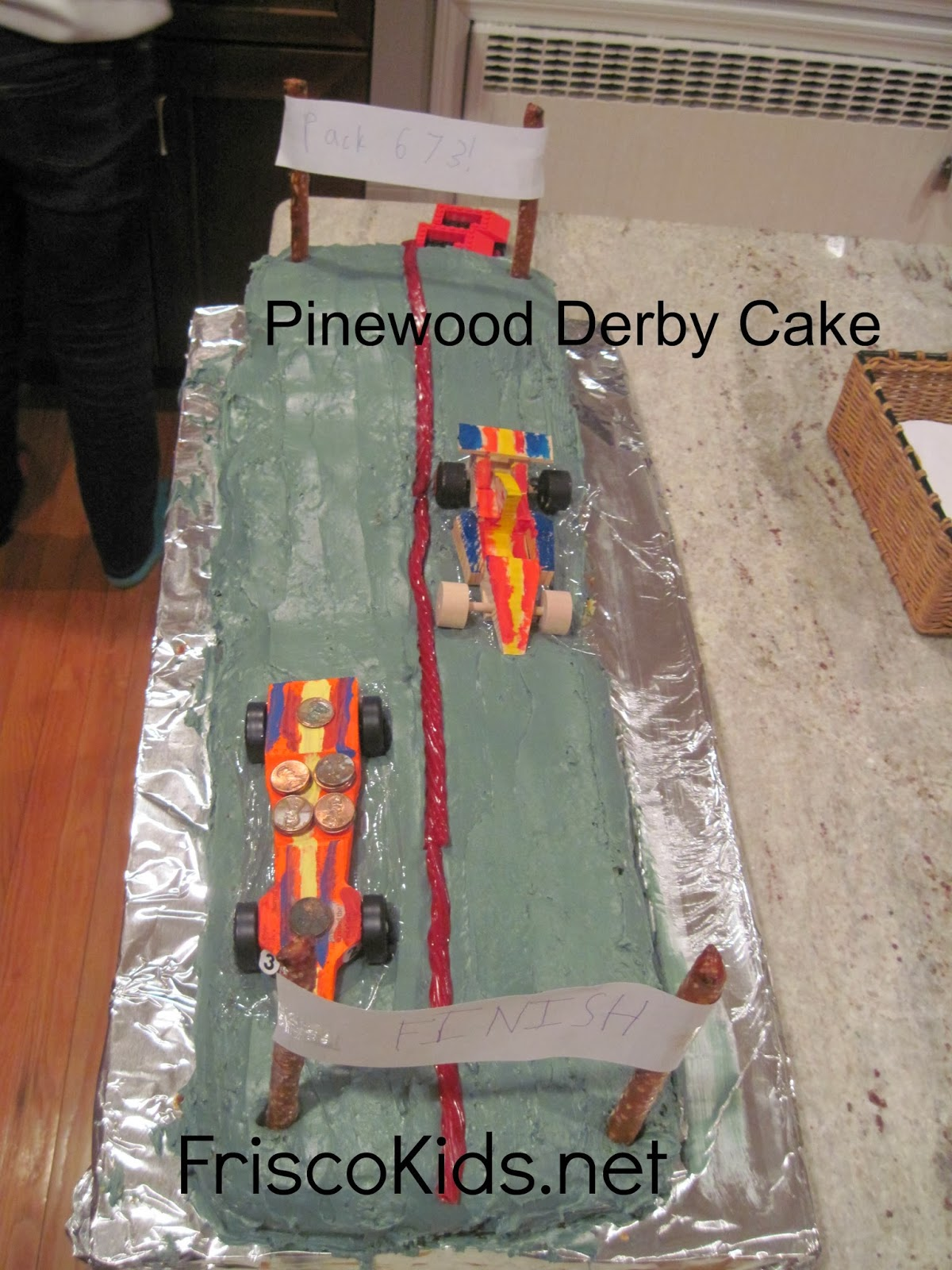 We Made A Pinewood Derby Cake Using One Real Car Couldnt Find The Others But Did Wooden From Michaels Kit That He Painted