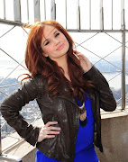 Collage de fotos: Debby Ryan!