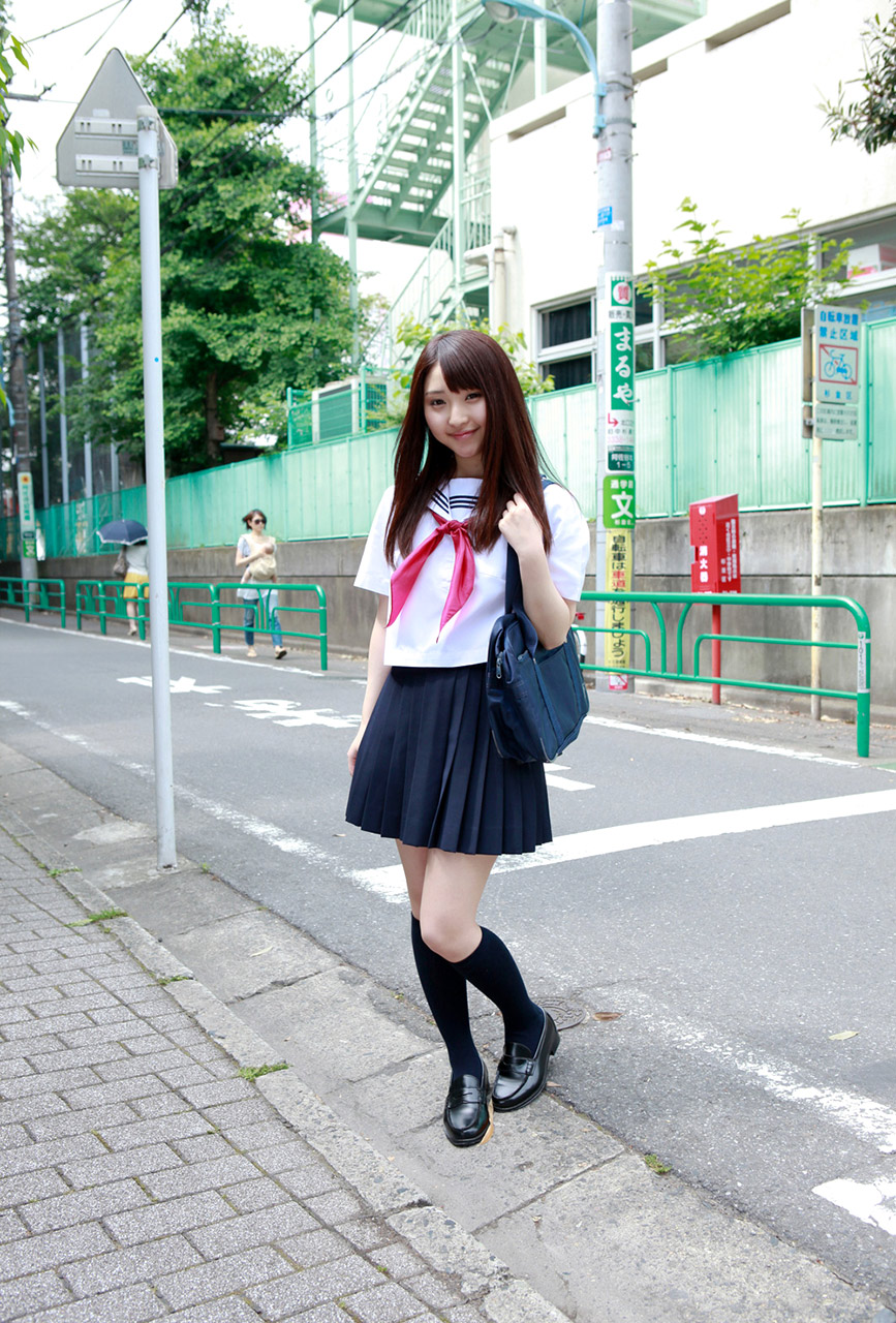 yoshiko suenaga sexy naughty schoolgirl pic 02