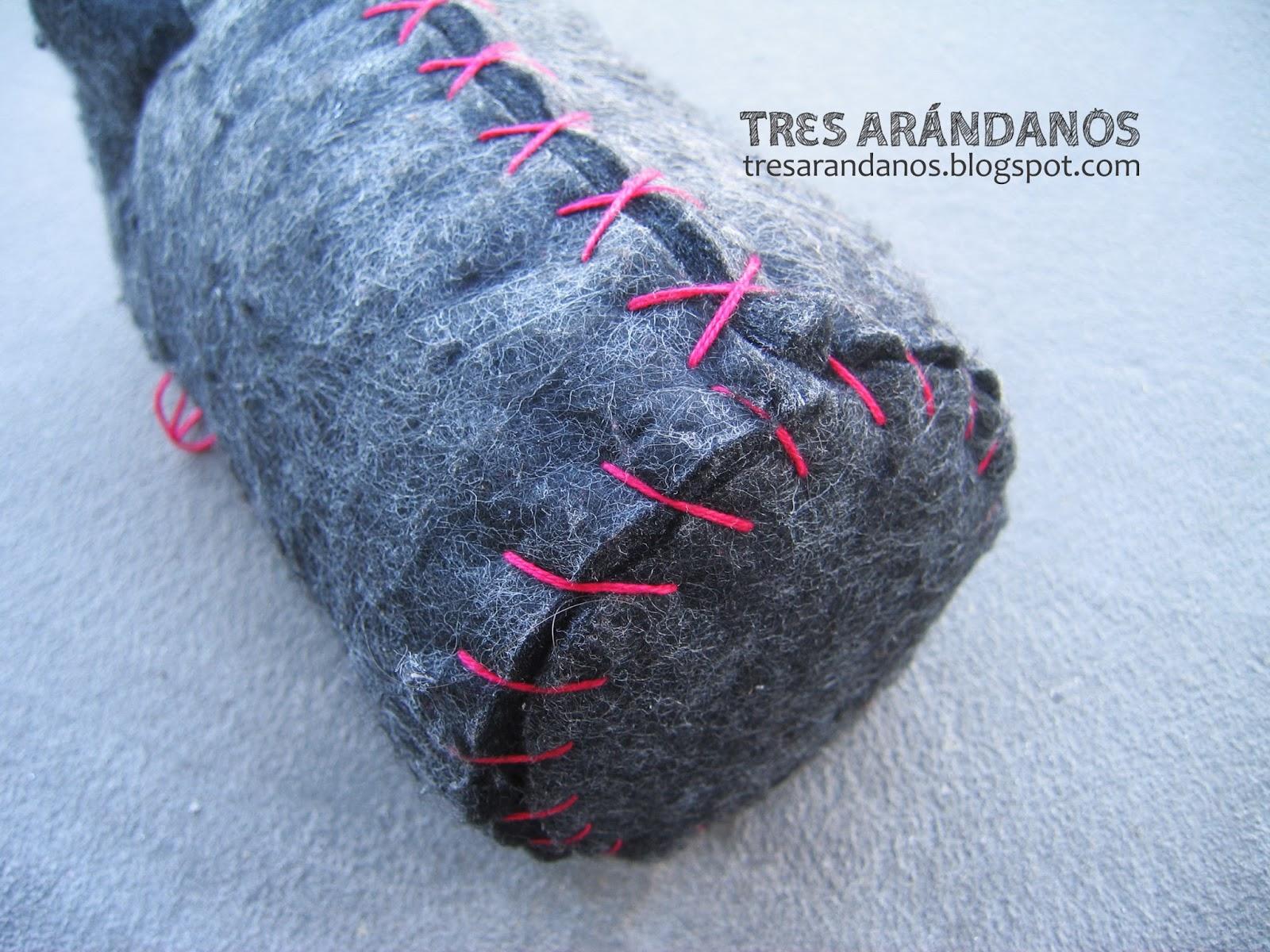 termo hecho con lana