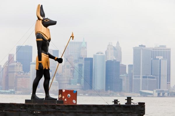 http://2.bp.blogspot.com/-APjt7S2471A/Ty19oqeflhI/AAAAAAAACNQ/Ef2HxjcJCfo/s1600/Anubis+-Manhattan.jpg