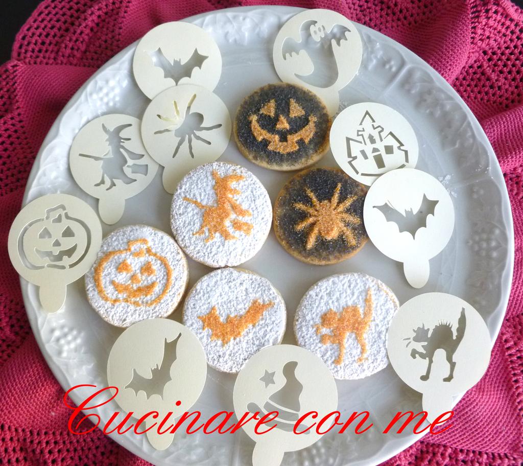 Biscotti con decorazioni per halloween for Decorazioni zucchero a velo