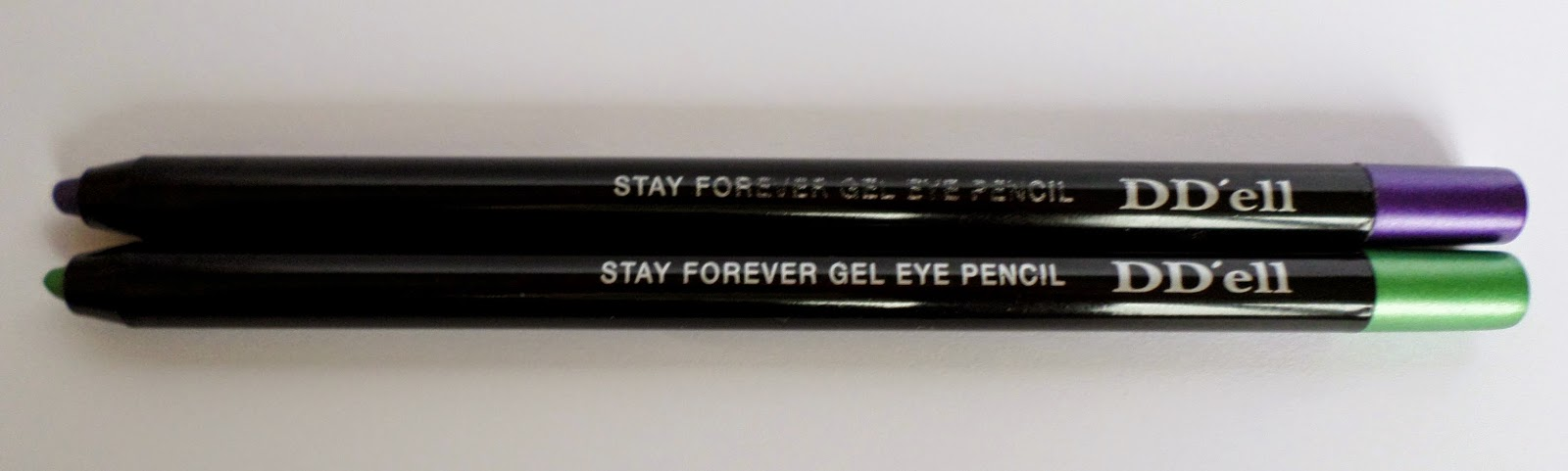 DD'ell Stay Forever Gel Eye Pencil 06 Twilight Purple and 08 Garden Light 1.2g rrp $14
