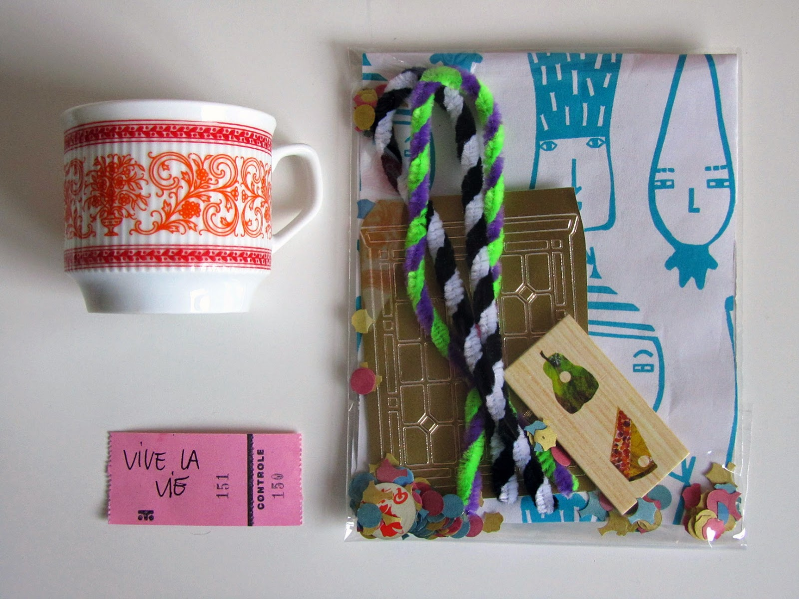 goodie  bag and vintage cup