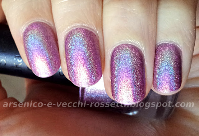 Shaka smalto olografico Hologram Violet #03 swatch
