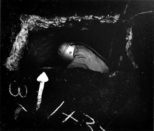 masters of photography : Minor White : photo of miner