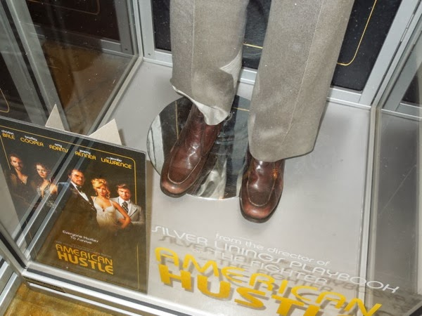 Jeremy Renner American Hustle costume shoes