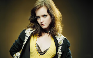 Alexis Bledel Latest Wallpapers