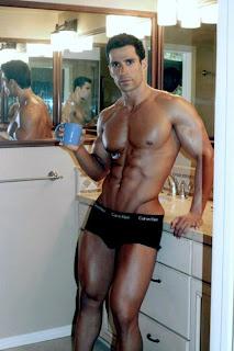 Sexy Jigolo Erkek Resimleri