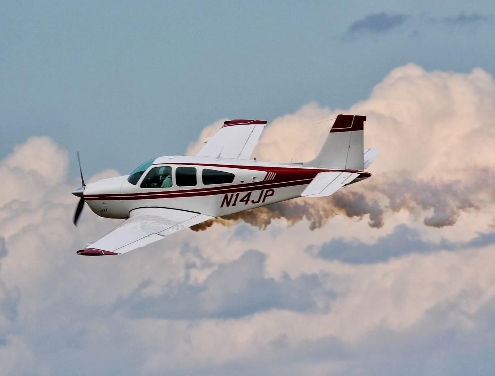 http://aeroexperience.blogspot.com/2014/02/eaa-airventure-oshkosh-2013-jim-peitz.html