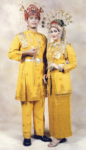 Janggut Hitam Contoh Baju Adat Melayu Anak Jati Melayu Anak Dagang
