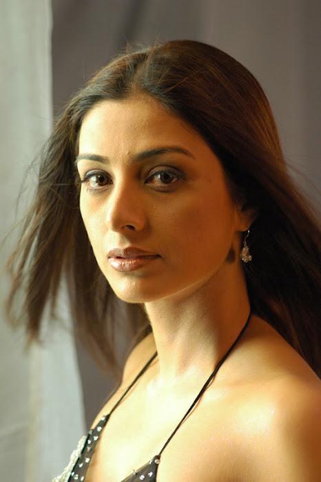 bollywood tabu super actress pics