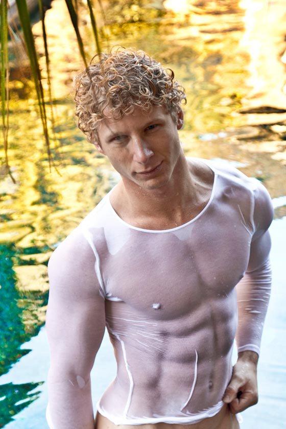 Henderson nude mark model