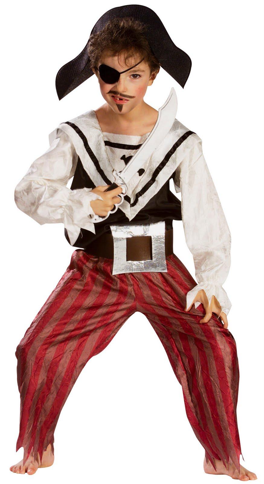 Aquí tienes unos patrones de disfraz pirata para niño que se compone ...