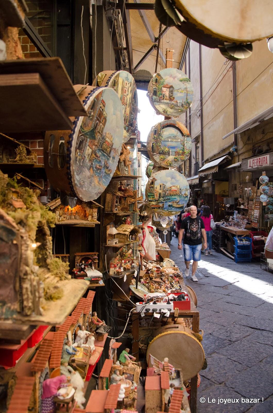 Naples - Via San Gregorio Armeno