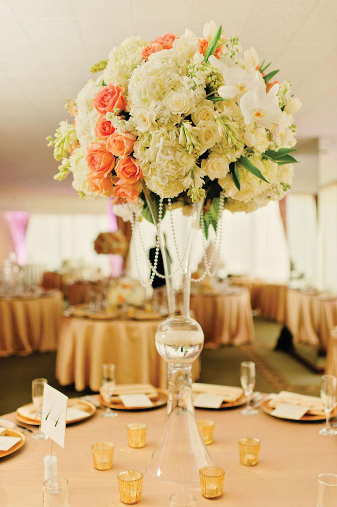 25 stunning wedding centerpieces part 12 belle the for Center arrangements for weddings