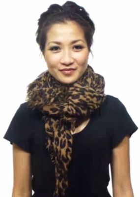 25 Ways to Wear a Scarf - VIDEO