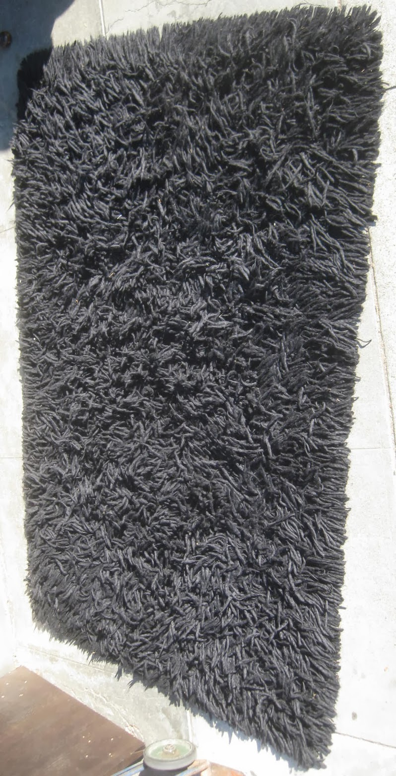 Uhuru Furniture Collectibles Sold Black Shag 5 X 8