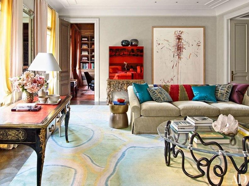salón con lienzo de grandes dimensiones