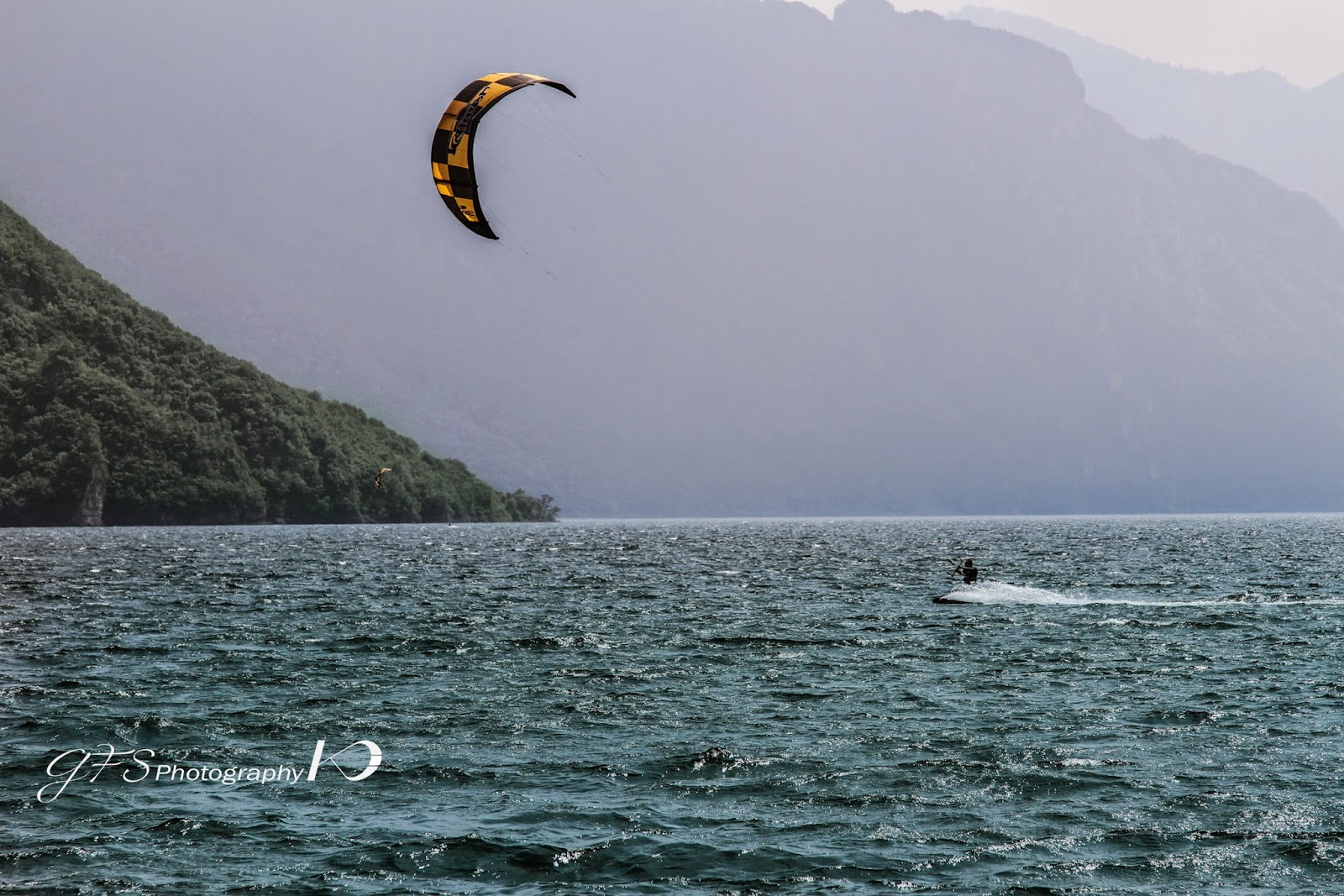 kitesurf, kiteboard, lake, Como, italy, kitesurf lake Como italy