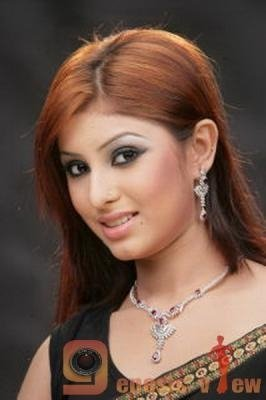 Bangladeshi Popular Model and Actress Anika Kabir Shokh Sex Scandal