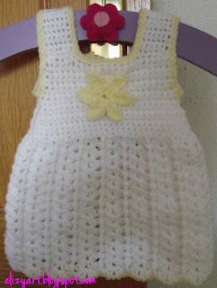 http://elizyart.blogspot.com.es/2012/12/baby-dress.html
