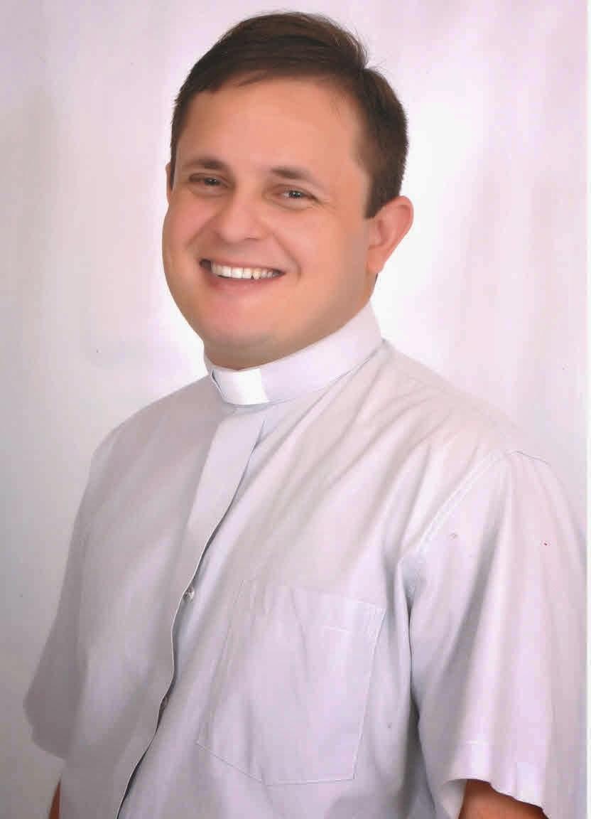 Pe. Heriberto Carneiro Santos