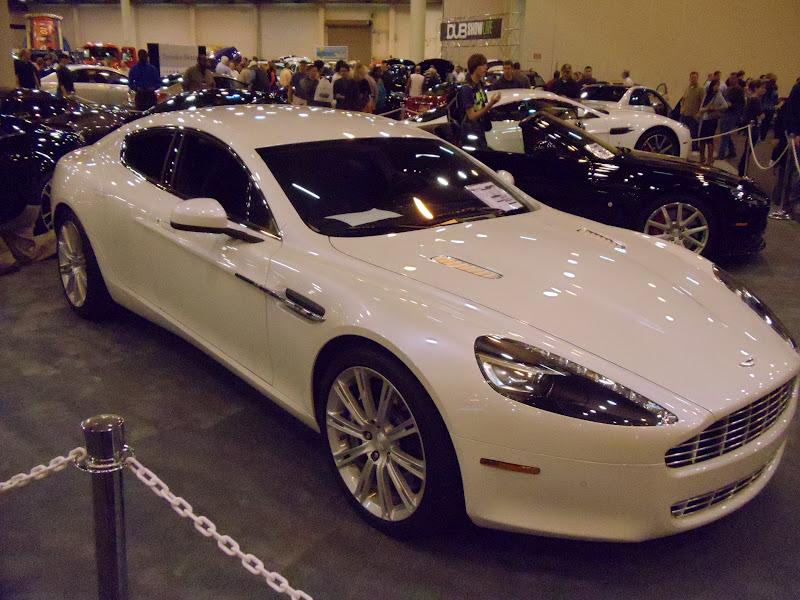 CarJunkies Car Review First Impression Aston Martin Rapide - Aston martin two door