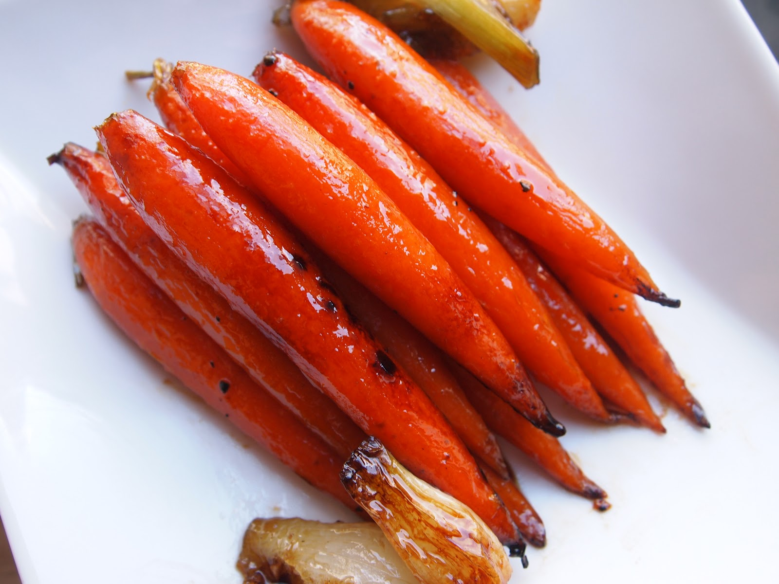 these are the maple glazed carrots that i made for easter sunday ...