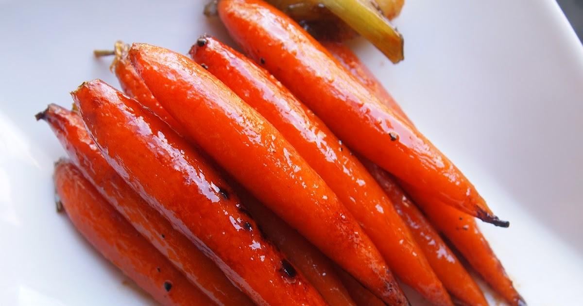 Michelle's tiny kitchen: Maple Glazed Baby Carrots