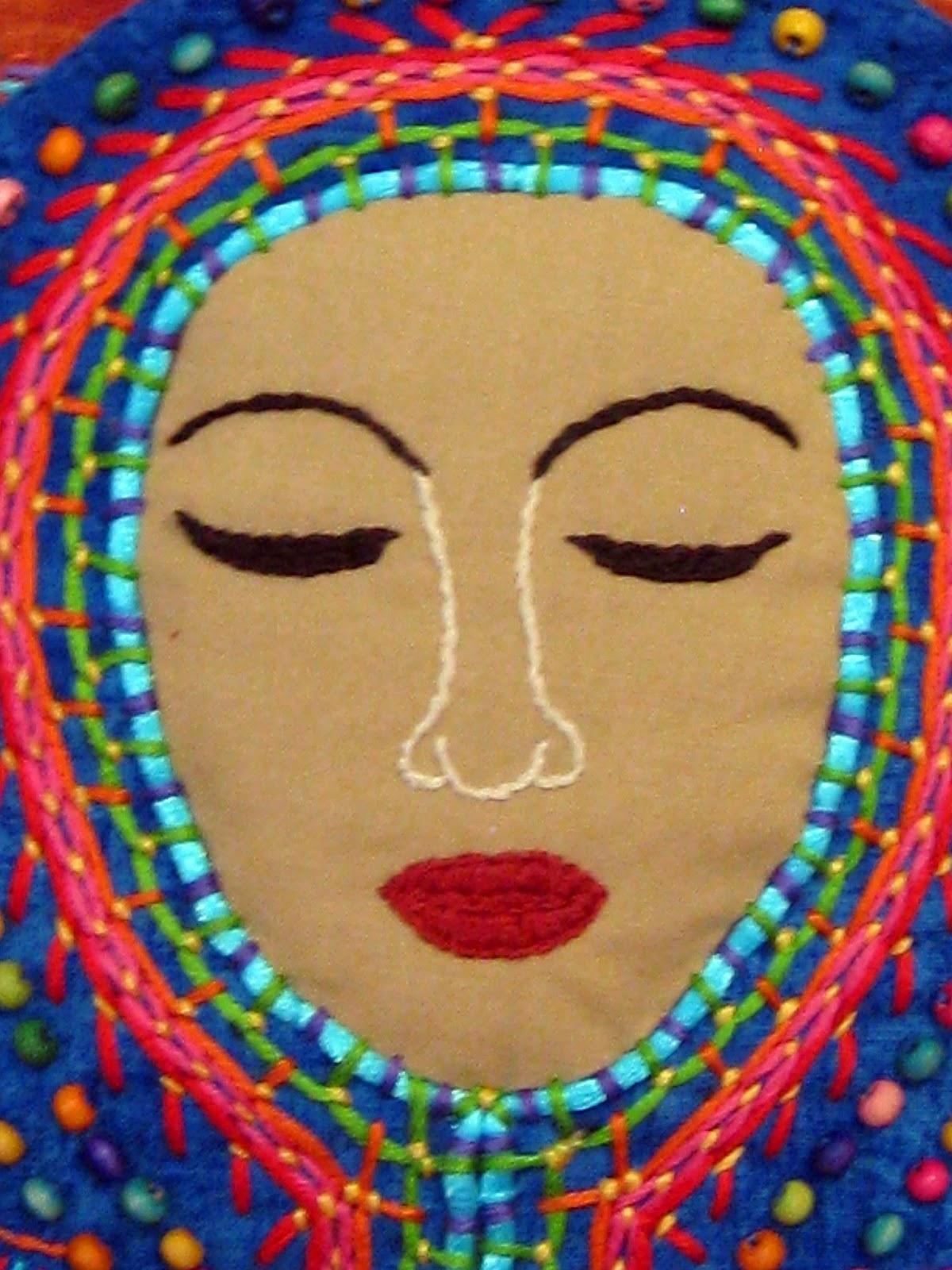 http://2.bp.blogspot.com/-ATeDJccgXq4/UU_RcyHAvQI/AAAAAAAAEWI/Ql7polme4YY/s1600/Mexican-madonna-4.jpg