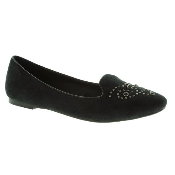 http://www.marypaz.com/tienda-online/woman/slipper-2/slipper-con-tachuelas-redondas.html?sku=67538-42