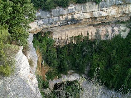 El Salt de Roca Gironella des del mirador natural