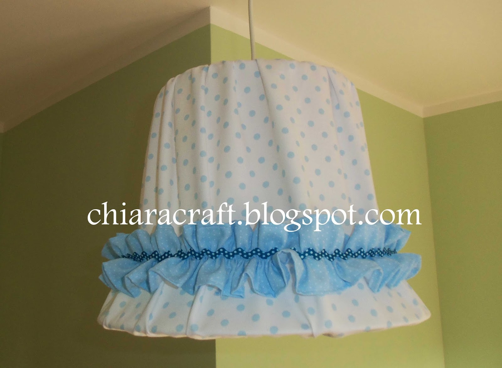 lampadario stoffa : Chiara: Lampadario di stoffa handmade - Baby fabric chandelier ...