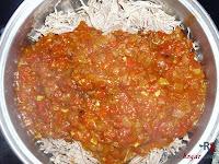 Pizza de carne desmechada en salsa