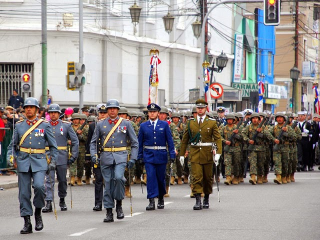 http://www.soychile.cl/Valparaiso/Sociedad/2013/08/20/194610/Natalicio-de-OHiggins-Valparaiso-rindio-homenaje-al-procer.aspx